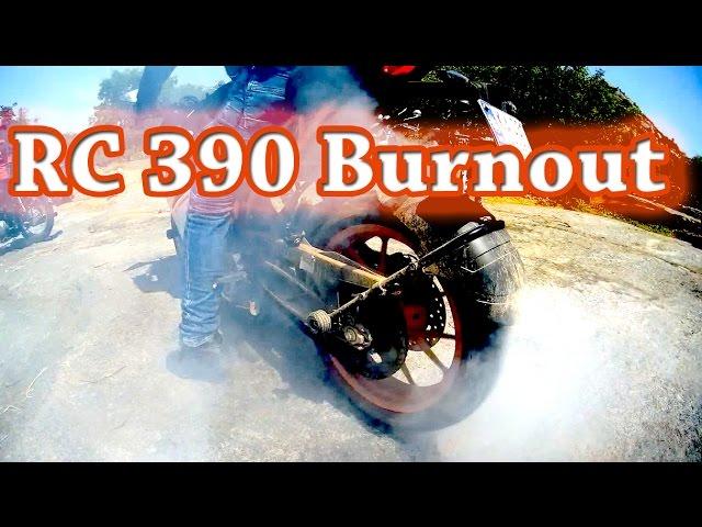 KTM RC390 Burnout